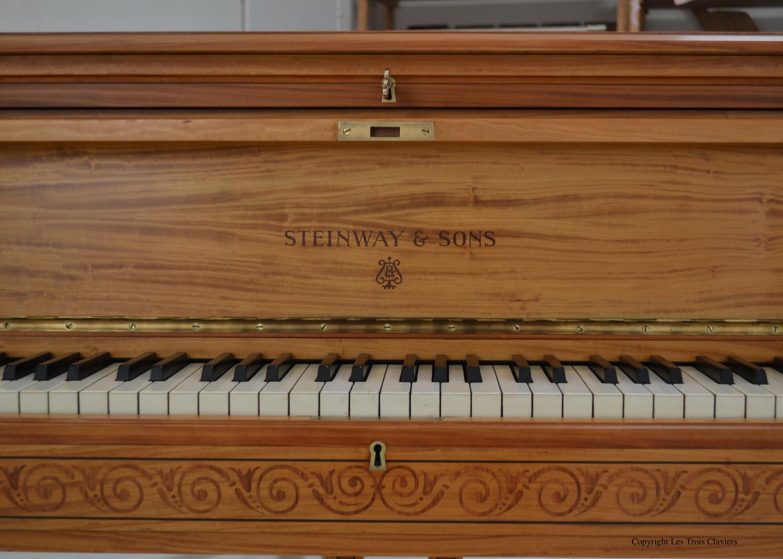 Steinway & Sons –  Mod. C. 227 cm – 3/4 queue